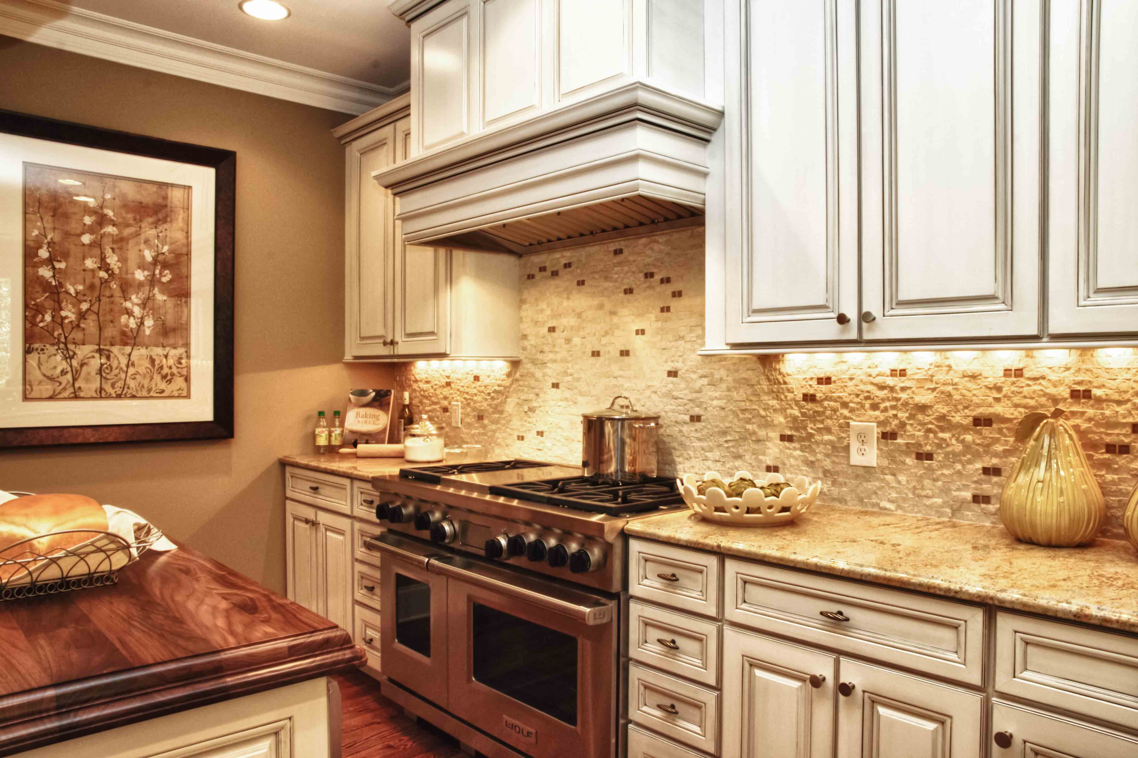 TILING AND COUNTERTOPS. »
